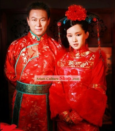 Traditional Chinese Wedding Dress for Bride and Bridegroom