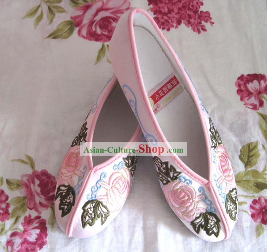 Chinese Pink Flower Embroidery Shoes