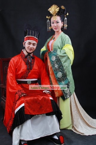 Traditional Chinese Bride and Bridegroom Wedding Dress 2 Sets