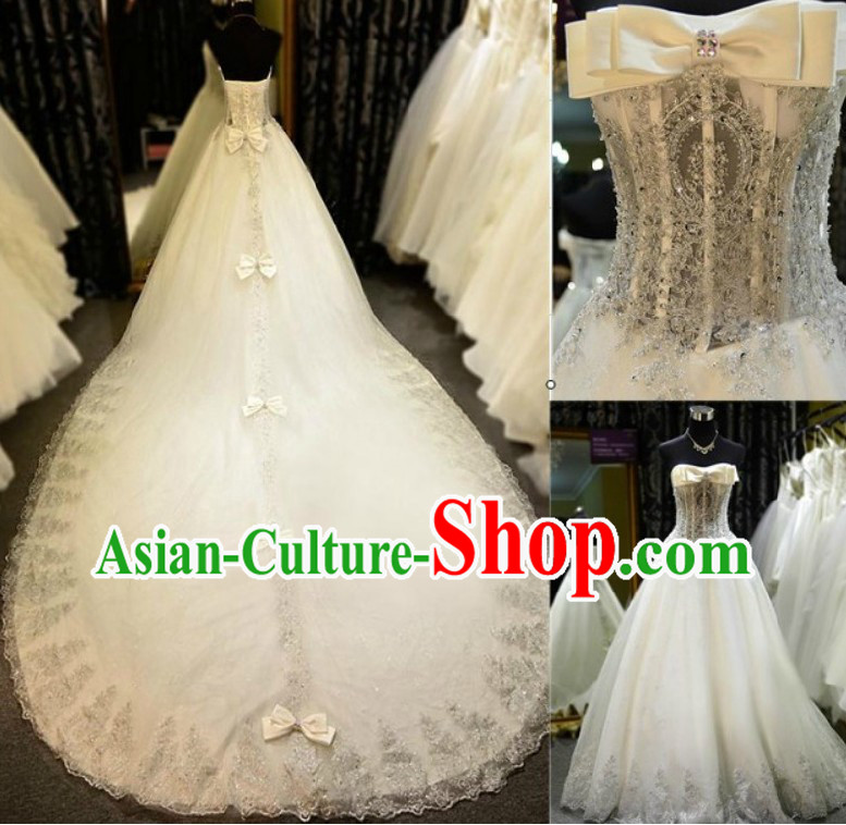 Stunning Chinese Bridal Wedding Dress and Veil