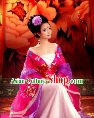Ancient Chinese Empress Butterfly and Flower Outfits