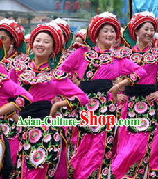 Professional Stage Performance Qiang Ethnic Dancing Costumes and Hat Complete Set