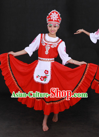 Red Russia Clothing and Hat for Women