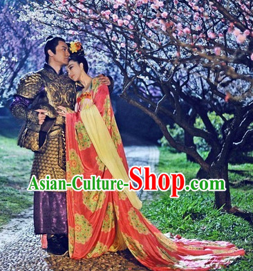 Chinese Traditional Empress Clothes with Long Tail