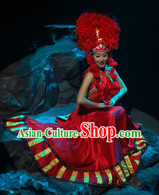 China Yunnan Lijiang Minority Ethnic Clothing and Hat
