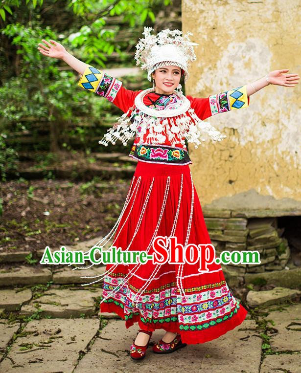 Traditional Chinese Miao Nationality Dancing Costume Accessories Necklace, Hmong Female Folk Dance Ethnic Pleated Skirt and Headwear, Chinese Minority Nationality Embroidery Costume and Hat for Women