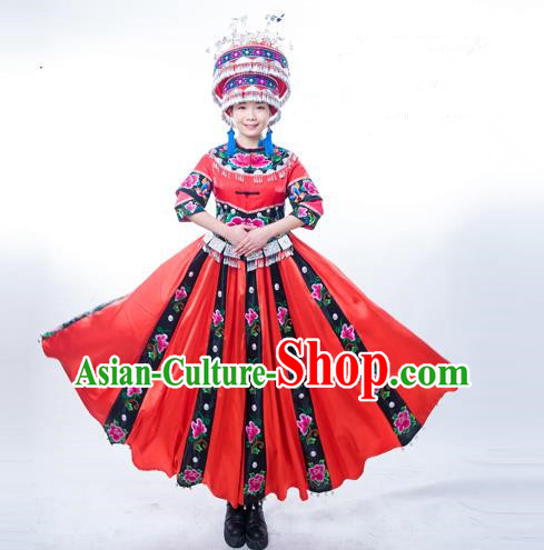 Traditional Chinese Miao Nationality Dancing Costume, Hmong Female Folk Dance Ethnic Pleated Skirt, Chinese Minority Tujia Nationality Embroidery Costume for Women