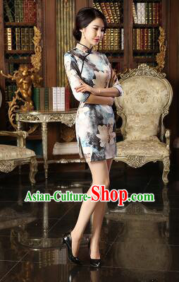 Chinese Traditional One Piece Dress Bracelet sleeve Three Quarter Sleeves Qi Pao Cheongsam Styel Short Sleeves Chinese Traditional Clothes Lotus