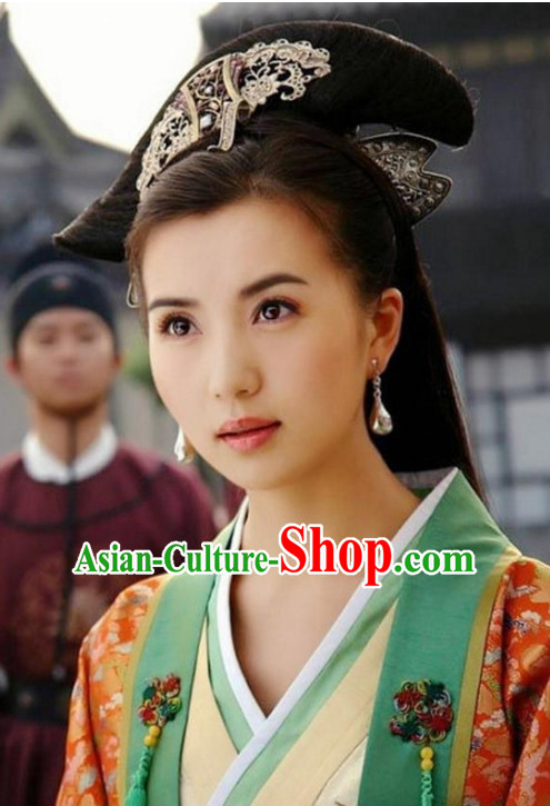 Ancient Chinese Black Wigs and Hair Accessories for Women