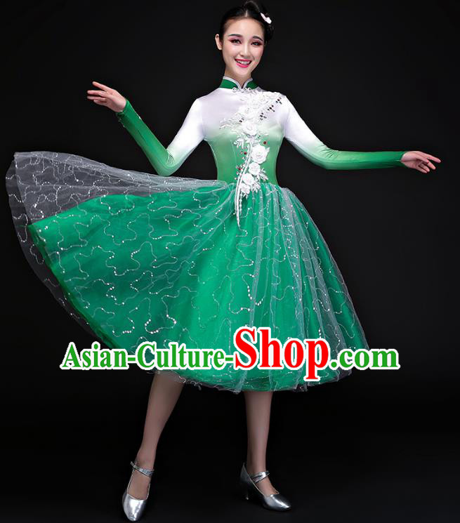 Traditional Chinese Modern Dance Costume, Opening Dance Chorus Singing Group Green Bubble Dress Clothing for Women