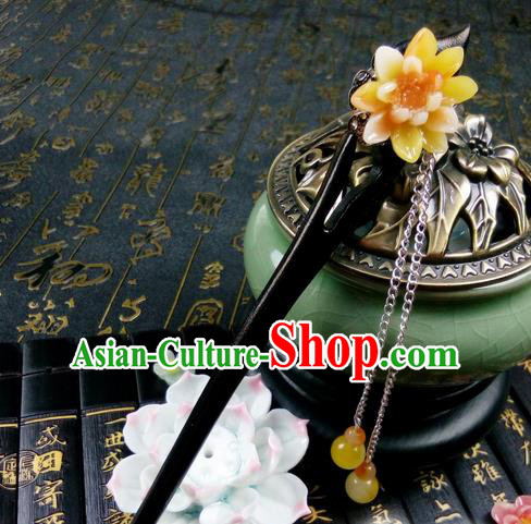 Traditional Handmade Chinese Ancient Classical Hair Accessories Ebony Hairpins, Princess Yellow Peach Blossom Tassel Step Shake Headpiece for Women