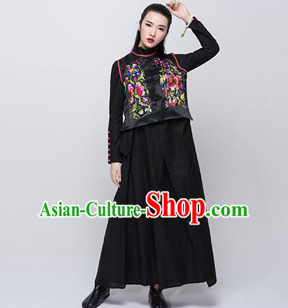 Traditional Ancient Chinese National Costume, Elegant Hanfu Embroidered Waistcoat, China Tang Suit Blouse Black Plated Buttons Vest for Women