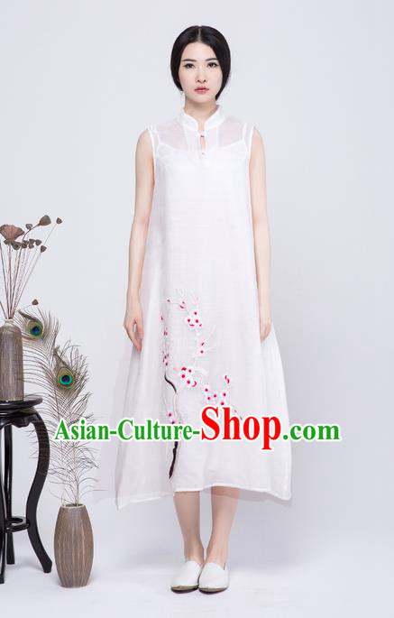 Traditional Chinese Costume Elegant Hanfu Embroidery Plum Blossom Dress, China Tang Suit Cheongsam White Qipao Dress Clothing for Women