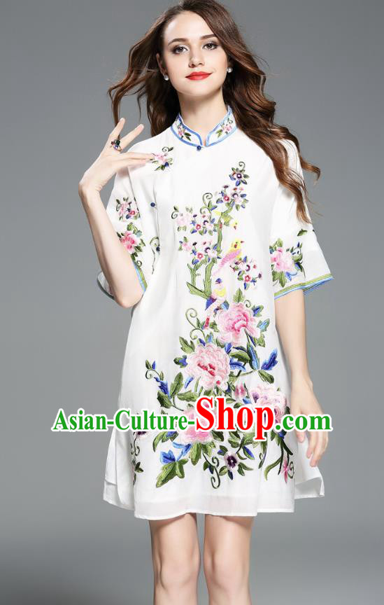 Asian Chinese Oriental Costumes Classical Embroidery Peony White Cheongsam Upper Outer Garment, Traditional China National Chirpaur Tang Suit Stand Collar Blouse for Women