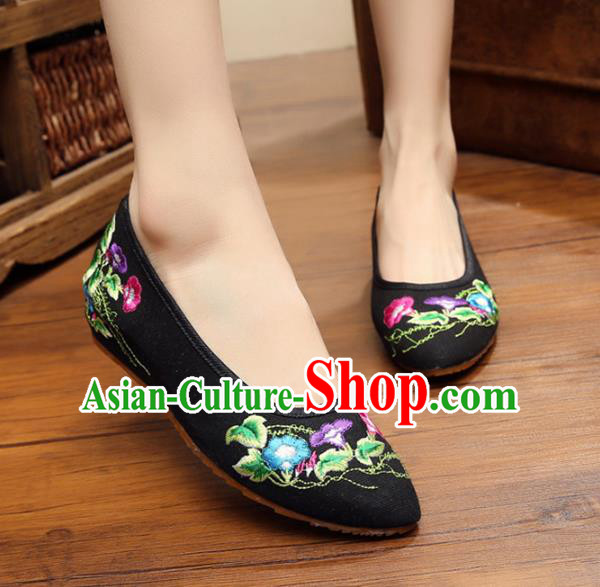 Asian Chinese National Black Embroidered Shoes, Traditional China Princess Shoes Hanfu Embroidery Petunia Shoes for Women