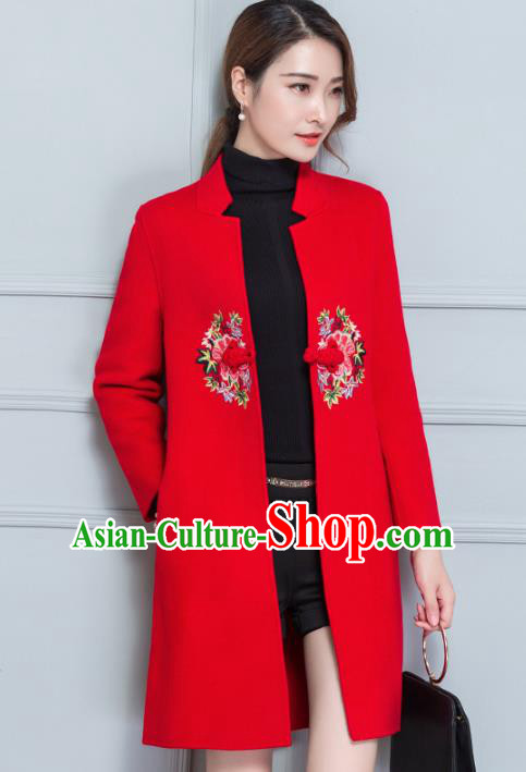 Traditional Chinese National Costume Hanfu Plated Buttons Red Woolen Embroidered Coats, China Tang Suit Coat for Women