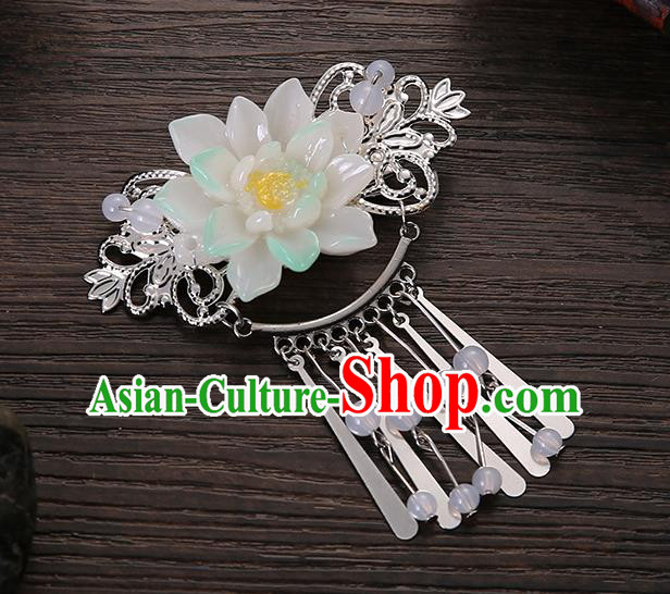 Asian Chinese Handmade Classical Hair Accessories White Flower Tassel Hair Comb Hairpins for Women