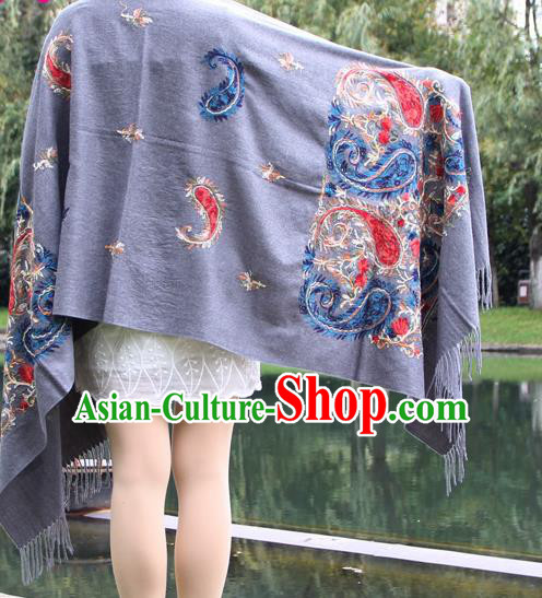 Chinese Traditional Embroidered Scarf Yunnan National Grey Wool Cloak for Women