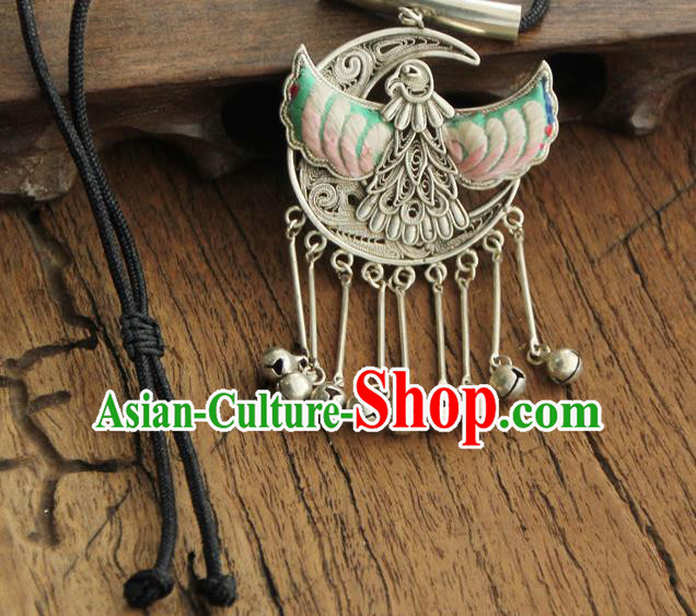 Chinese Traditional Yunnan Miao Minority Green Embroidered Necklace Ethnic Bells Tassel Accessories for Women