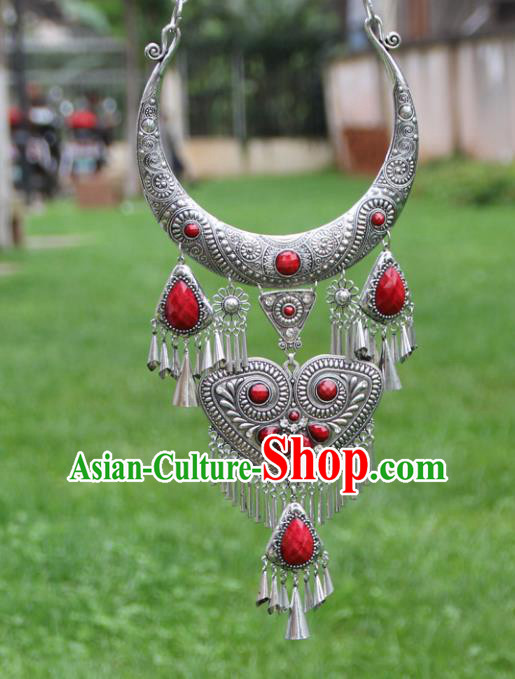 Chinese Traditional Yunnan Miao Minority Carving Sliver Red Necklace Ethnic Tassel Accessories for Women