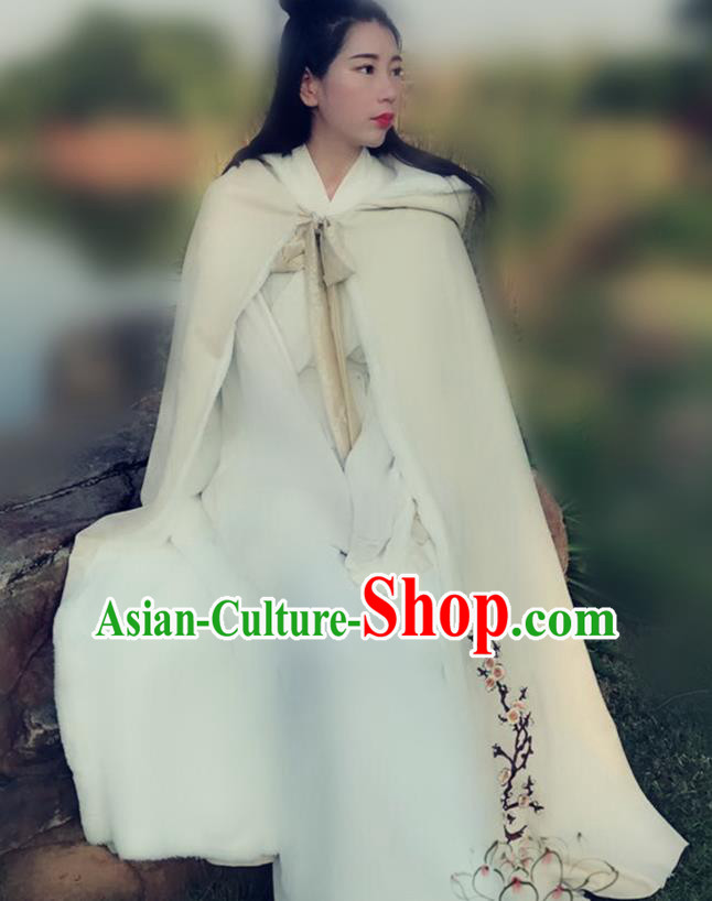 Chinese Ancient Ming Dynasty Princess Embroidered Plum Blossom Mantle Costume White Long Cloak for Women