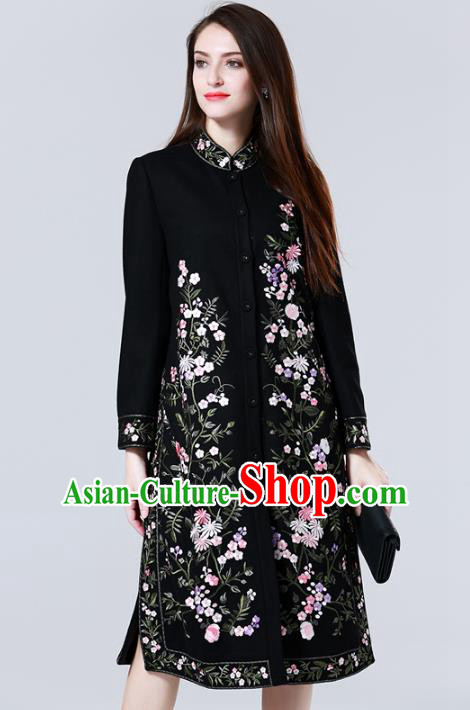 Chinese National Costume Black Wool Coats Traditional Embroidered Dust Coats for Women