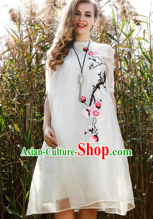 Chinese National Costume White Organza Cheongsam Embroidered Mangnolia Qipao Dress for Women