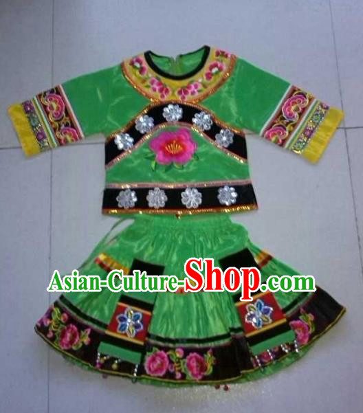 Traditional Chinese Yi Nationality Dance Embroidery Green Costume, Folk Dance Ethnic Dance Dress for Kids