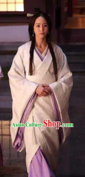 Chinese Three Kingdoms Period Succubus Mistress Bai Hanfu Dress Ancient Replica Costume for Women