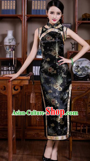 Chinese Traditional Costume Graceful Chrysanthemum Cheongsam China Tang Suit Black Brocade Qipao Dress for Women
