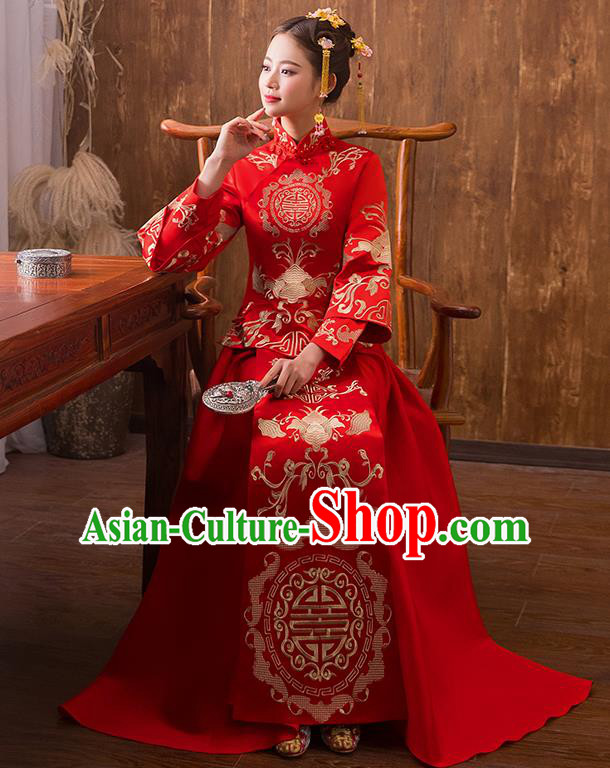 Traditional Chinese Ancient Embroidered Bats Bottom Drawer Xiuhe Suit Wedding Dress Toast Cheongsam for Women