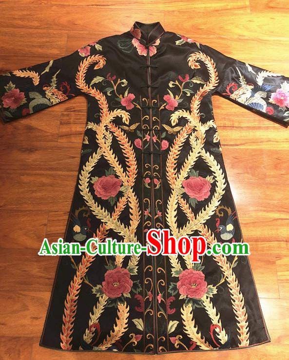 Traditional Chinese Handmade Costume Tang Suit Embroidered Peony Coat for Women