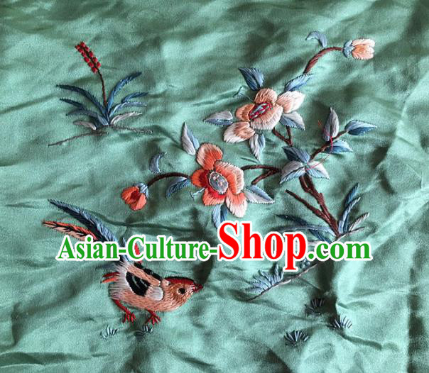 Chinese Traditional Handmade Embroidery Craft Embroidered Flowers Green Cloth Patches Embroidering Silk Piece