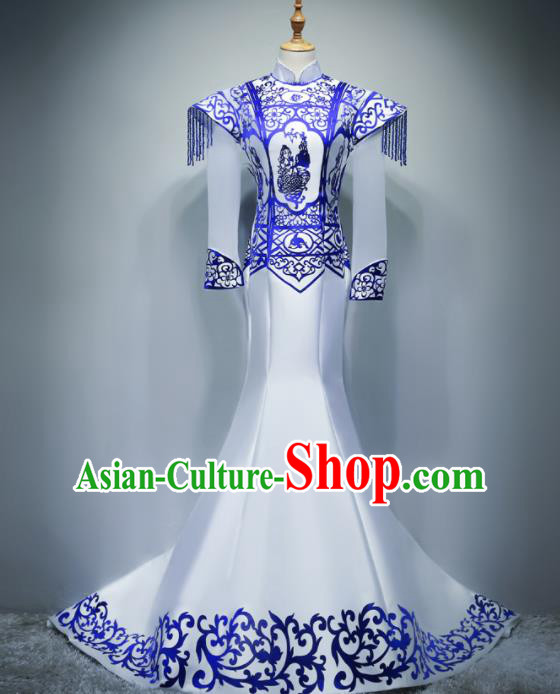 Chinese Traditional White Cheongsam Elegant Qipao Dress Compere Full Dress for Women