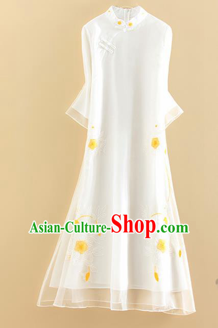 Chinese Traditional Tang Suit Embroidered Flowers White Cheongsam National Costume Qipao Dress for Women