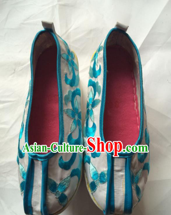 Chinese Beijing Opera Princess White Shoes Traditional Peking Opera Diva Embroidered Shoes for Women