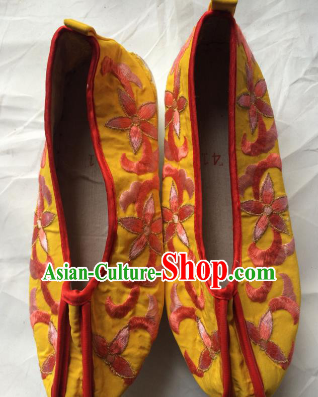 Chinese Beijing Opera Princess Yellow Shoes Traditional Peking Opera Diva Embroidered Shoes for Women