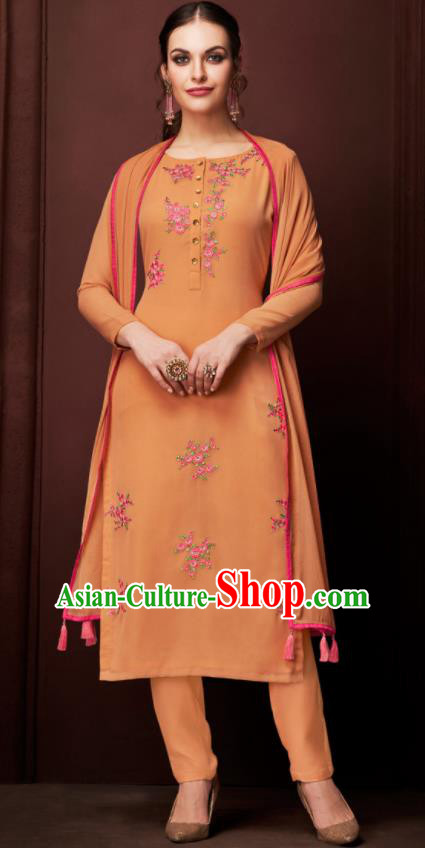 Asian Indian Punjabis Embroidered Orange Blouse and Pants India Traditional Kurti Costumes Complete Set for Women