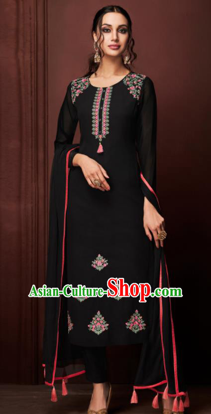 Asian Indian Punjabis Embroidered Black Blouse and Pants India Traditional Kurti Costumes Complete Set for Women