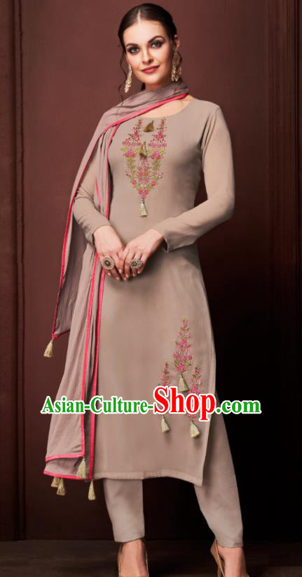 Asian Indian Punjabis Embroidered Khaki Blouse and Pants India Traditional Kurti Costumes Complete Set for Women
