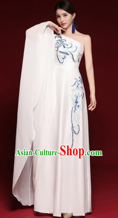Chinese National Catwalks Costume Embroidered White Cheongsam Traditional Tang Suit Qipao Dress for Women