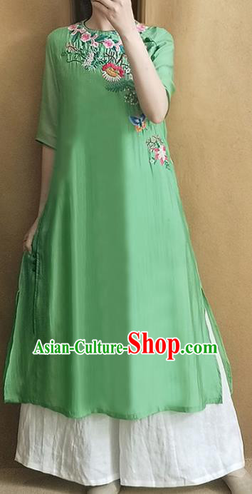 Traditional Chinese National Costume Tang Suit Embroidered Green Cheongsam Qipao Dress for Women