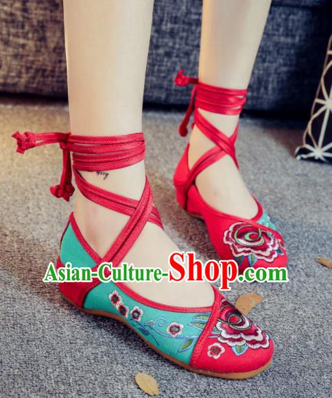 Asian Chinese Traditional Green Embroidered Peony Shoes Hanfu Wedding Shoes Ethnic National Cloth Shoes for Women